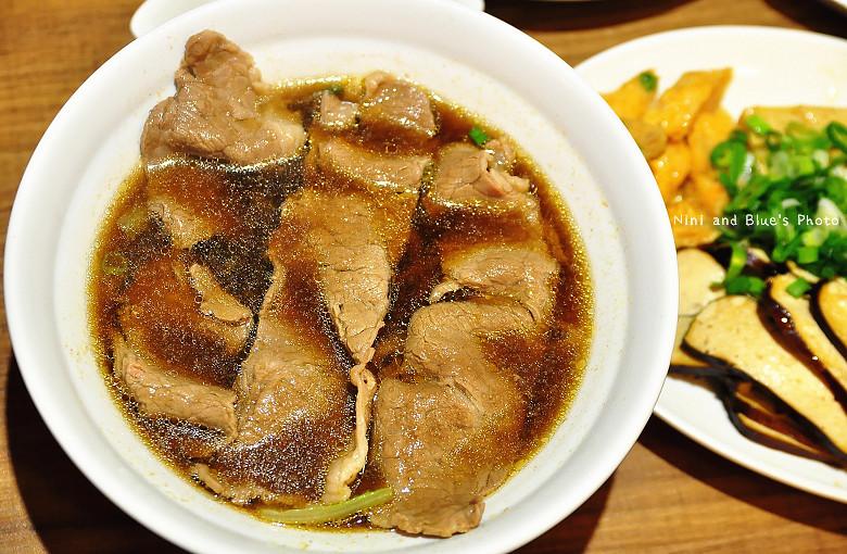 公益路麵店豪煮藝水餃牛肉麵31