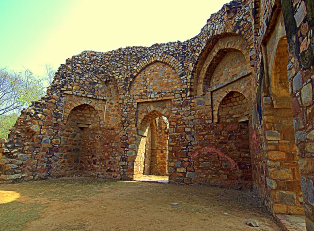 Even grass is unable to grow, where once Sultan Balban slept for his next coming life after Death.