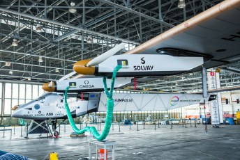 Solar Impulse 2 Oahu Hawaii April 2016