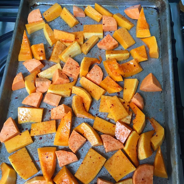 Following Tamar Adler's advice and doing a batch of veg roasting and sautéing. Very satisfying.