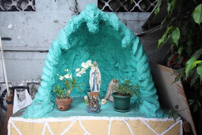 green street side grotto 2