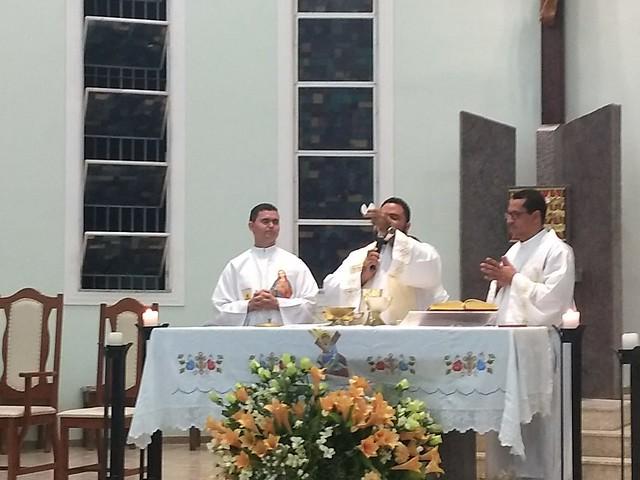 Santa Missa em Ação de Graças pelos 03 anos de Ordenação Sacerdotal de Pe. Genivaldo