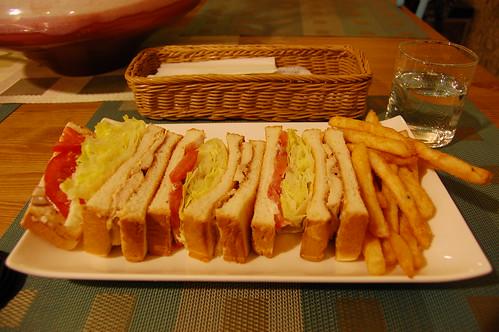 雞肉芥茉三明治