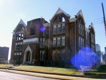 Powell School post fire. acnatta/Flickr