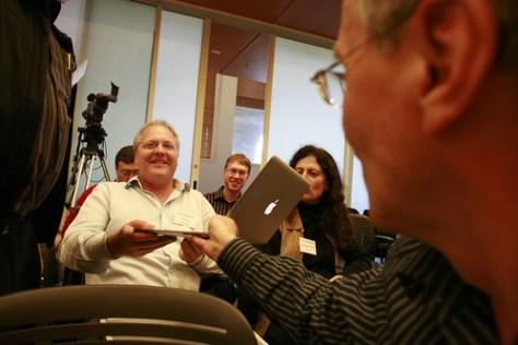 Mitch Kapor's new MacBookAir gets passed around