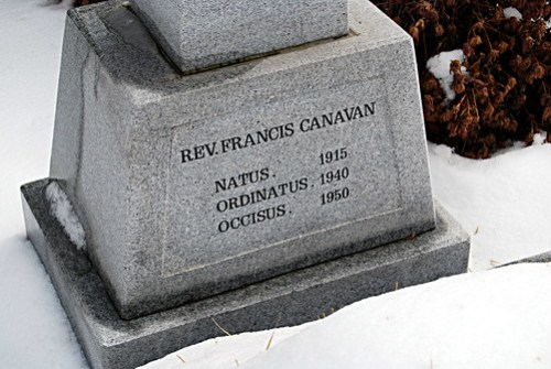 Grave of Father Frank Canavan, Jungnim-dong Cathedral
