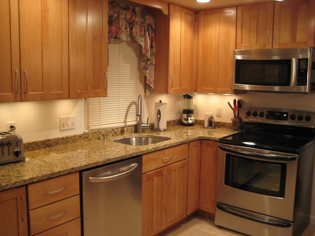 granite with backsplash kitchen counters and backsplash Anyone With A 2 Inch Backsplash Or No Backsplash granite countertops and tile backsplash ideas eclectic kitchen