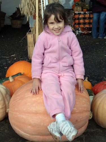 Lil' Pumpkin on Big Pumpkin