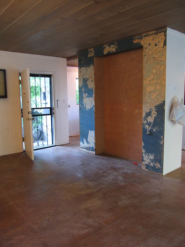 Front Room - Removing Wallpaper