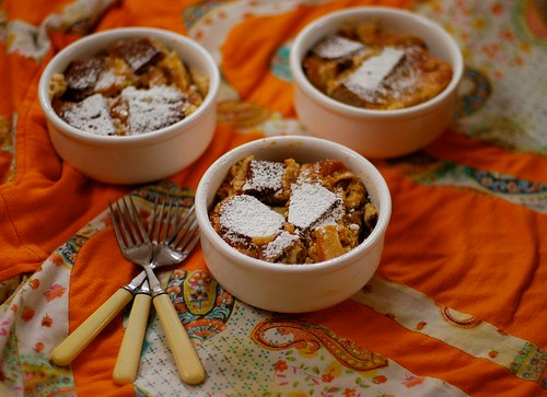 carmelized apple bread pudding