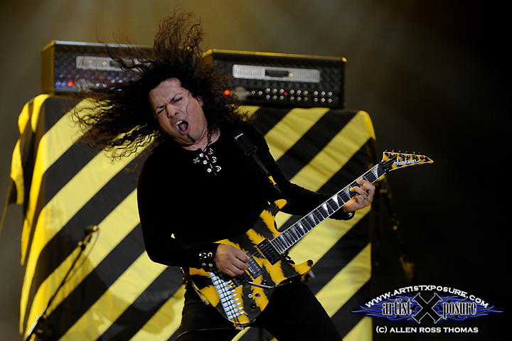 Oz Fox shreds at Rocklahoma 2009