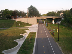 Photo of Midtown Greenway at Chicago Avenue in MPLS