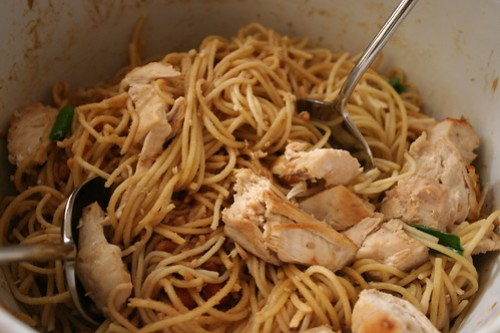 garlic peanut chicken pasta