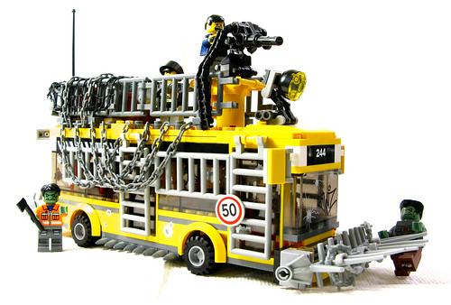 Apocafied LEGO 7641 city bus