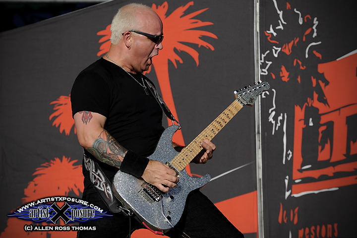Warrant's Joey Allen performs at Rocklahoma 2009