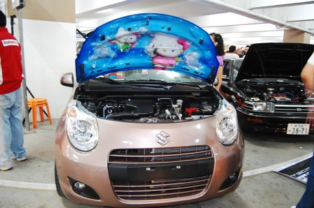 Suzuki Celerio Hello Kitty Mural Under Hood