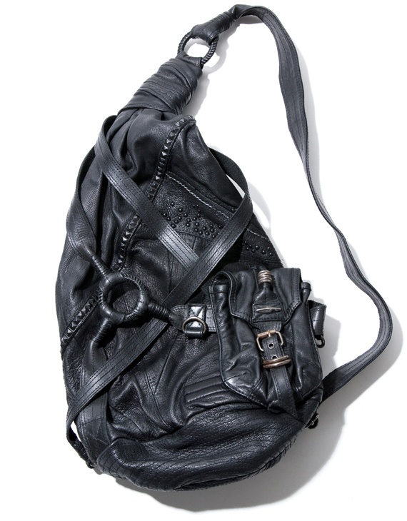 Km Rii Thriller bag