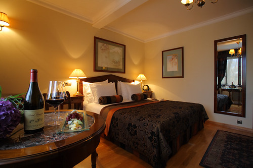 Golden Well Hotel