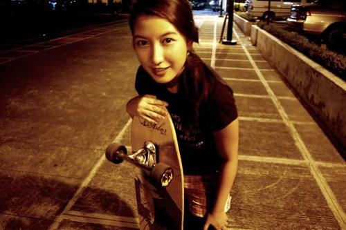 Longboarding at Bonifacio High Street