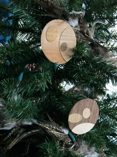 Woodgrain Ornament