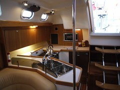 Catalina 375 - Galley