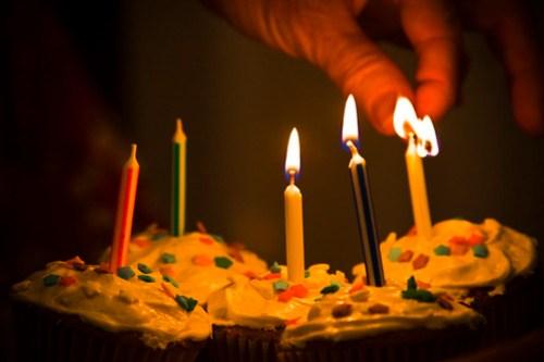 Candles 'n' Cupcakes