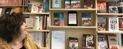 La librăria Cărturești din Mega-Mall Pantelimon, admirând cu plăcere supriza făcută, în decembrie 2016