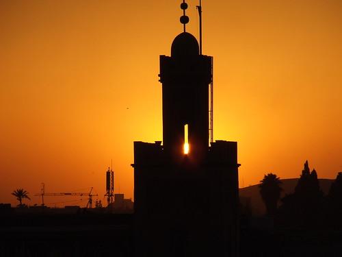 A stunning sunset behind a Marrakech building