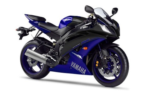 Yamaha YZF R6 RaceBlu 2014 03