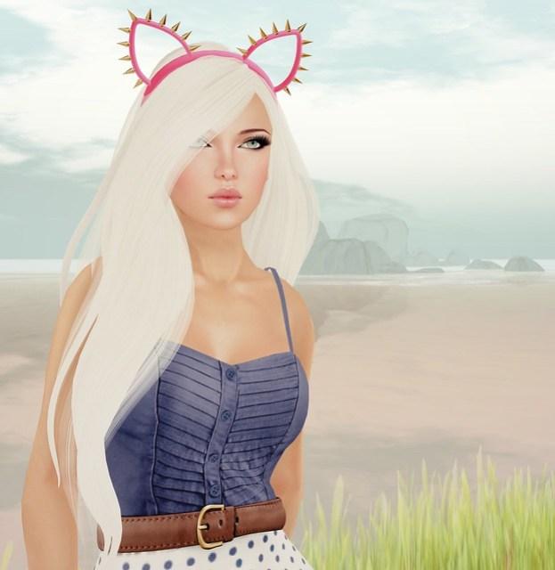 Studded Kitty