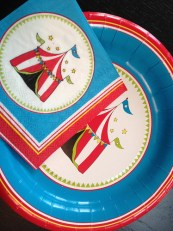 Circus Party Themed Plates and Napkins, Tableware