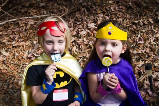 Maddy & Annie enjoy lollipops