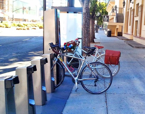 Bay Area Bike Share Convention Center station