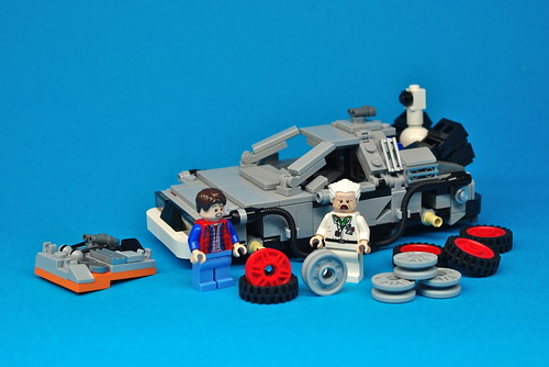 LEGO Back to the Future DeLorean (11)