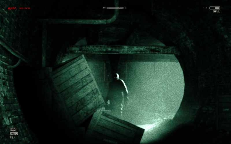 Outlast-review (3)