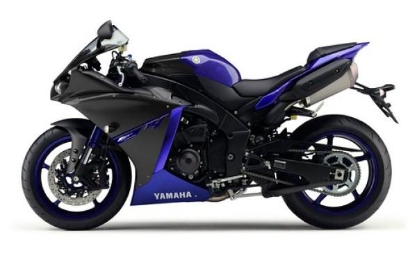 Yamaha YZF R1 RaceBlu 2014 04