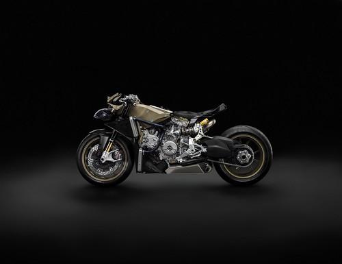 Ducati 1199 Panigale Superleggera 08