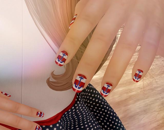 Caroline's nails