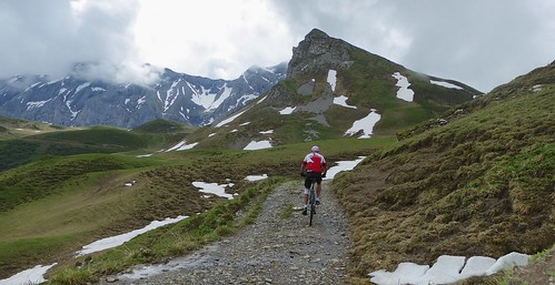 Trail to Bummerepass