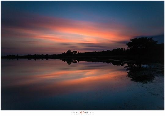 Met de Big Stopper 4 minuten belichting van een rode avondschemering (26 mm, f/16, 240sec)