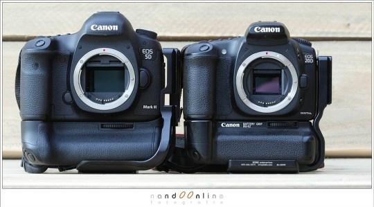 Full-frame vs 1,6 crop camera - de grootte van de sensor is duidelijk zichtbaar als de spiegel opgeklapt is