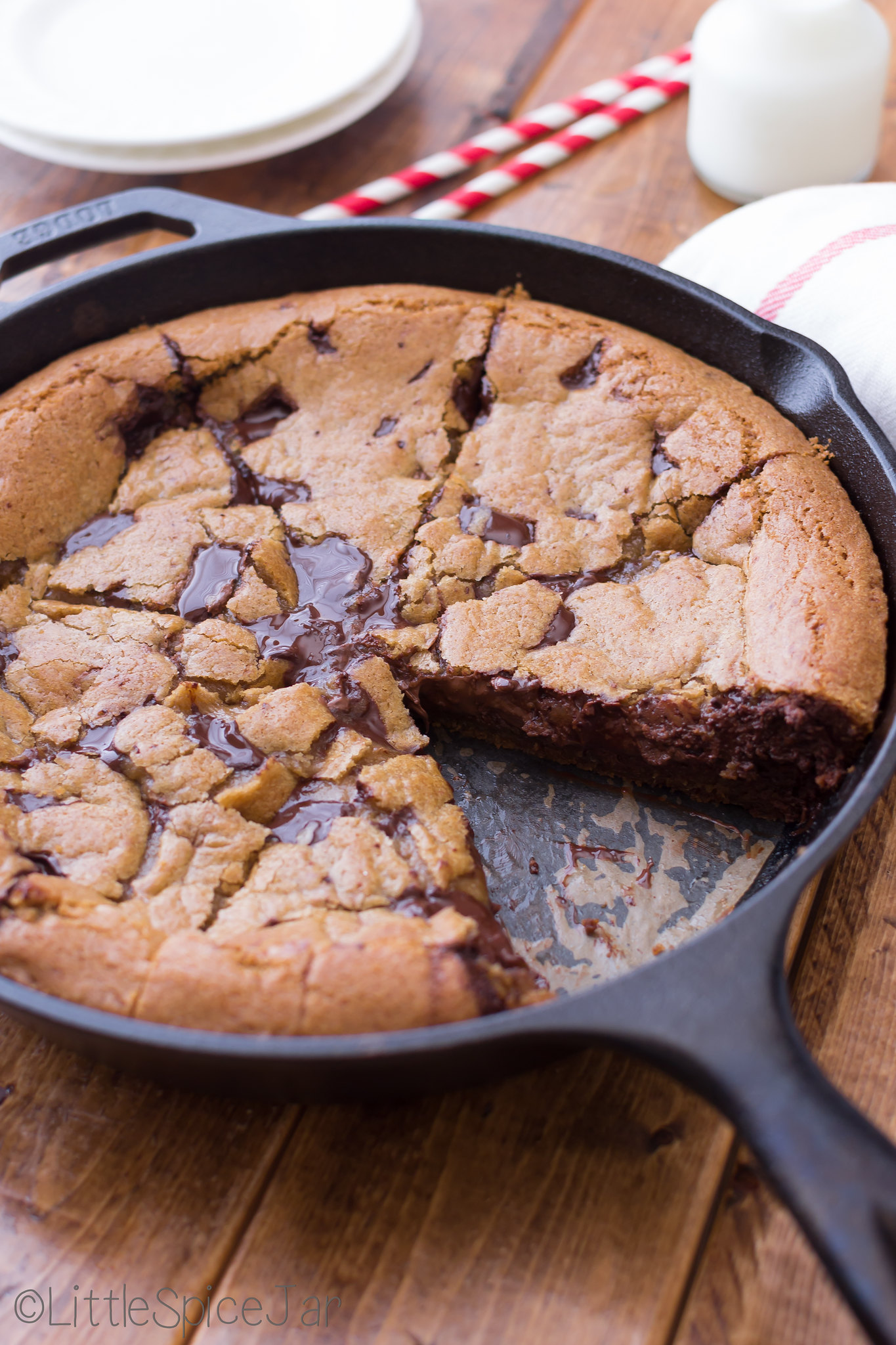 Deep Dish Chocolate Chip Cookie Stuffed with Nutella