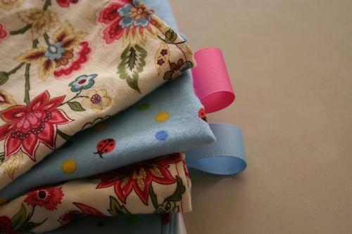 Tag Burb cloths
