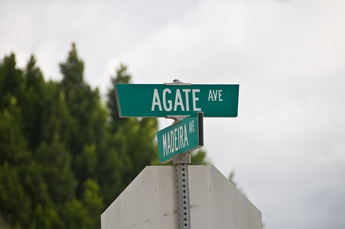 Mentone Street Signs - Agate Ave