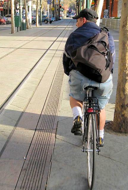Fixed gear cyclist 2nd Street San Jose