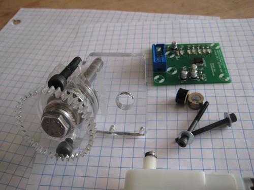 Lasercut Extruder Prototype v1