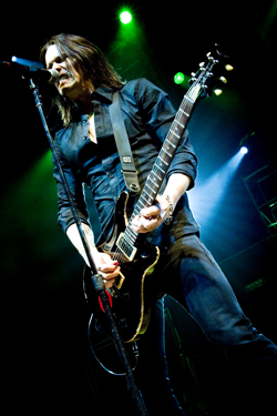 alter-bridge-062