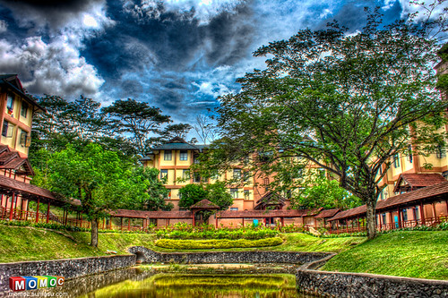 hostel-building-tree-sky-pond-hdr-photography
