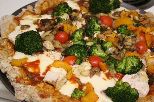 Whole Wheat Chicken & Veggie Pizza