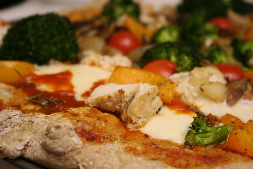 Whole Wheat Chicken & Veggie Pizza